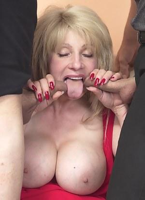 Big Tits Blowbang Porn Pictures